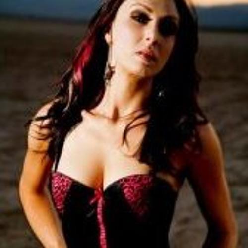 Miiss Crystal Rose's avatar