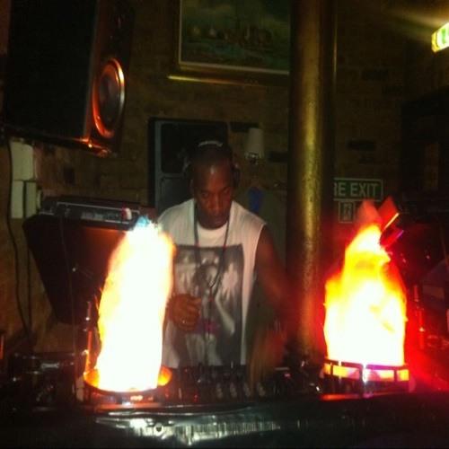 DJ AndyB's avatar