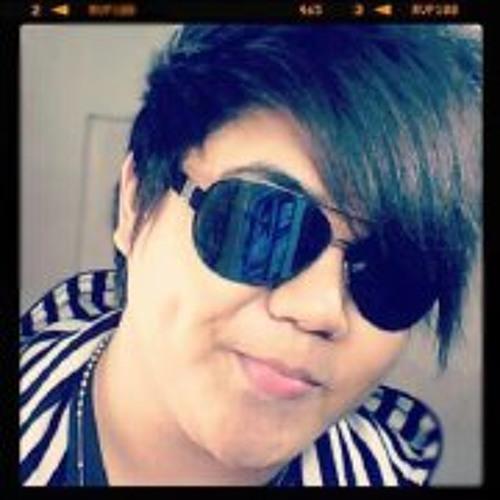 Rodge Maravilla's avatar