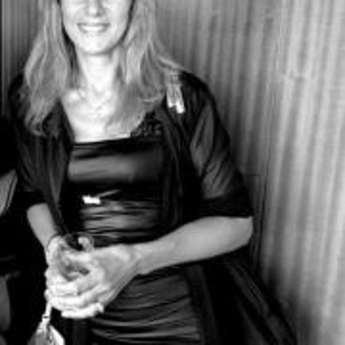 Patricia Cattan's avatar