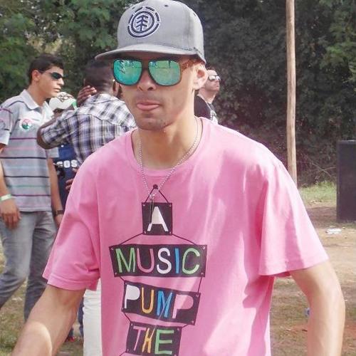 Lucas Alves Persa's avatar