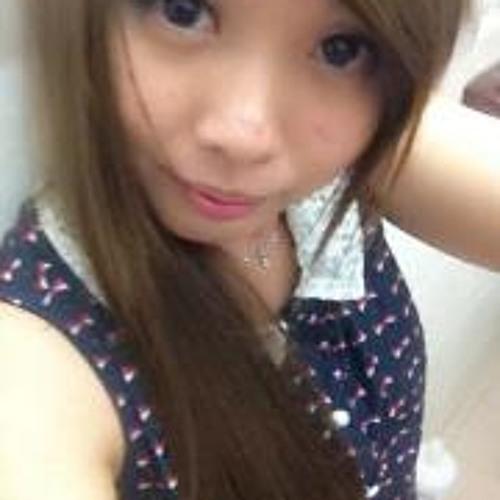 Joyce Tan 3's avatar