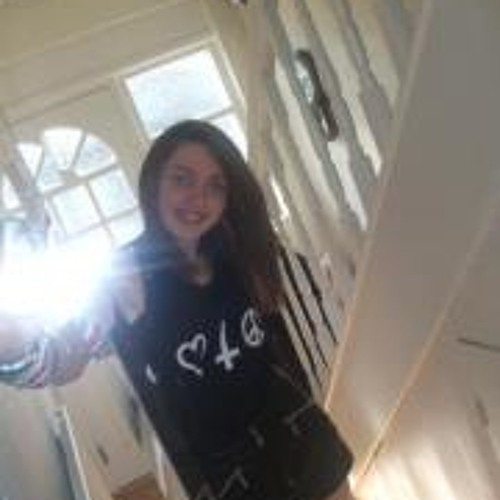 Rebekah Davies's avatar