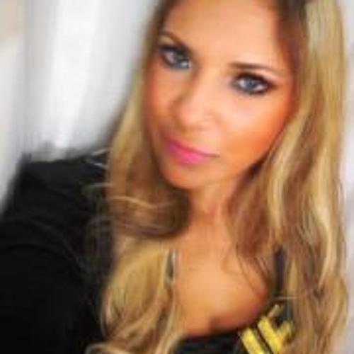 Grazielle Soares's avatar