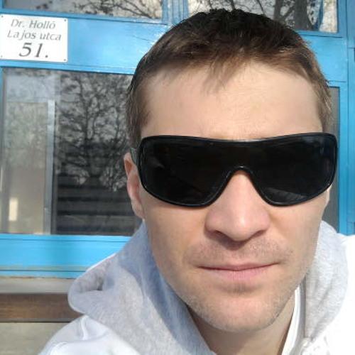 tomip81's avatar