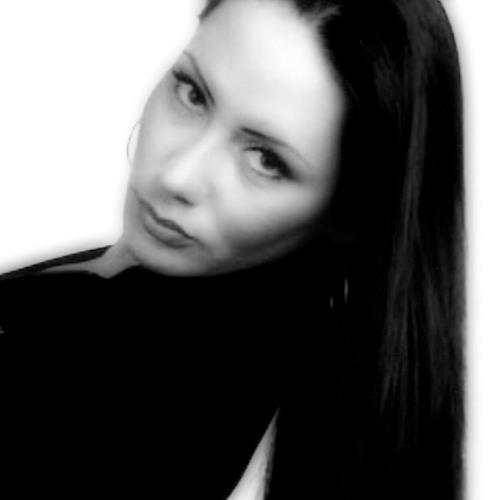Crystal Iacob's avatar