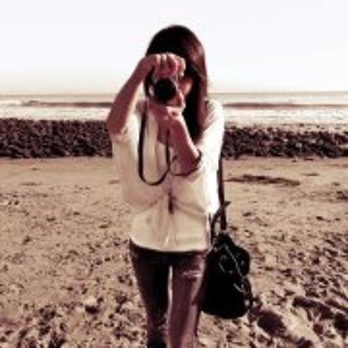 Mindy Lo's avatar