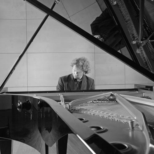L.van Beethoven/Piano Concerto No.1 in C-Major 1.movement:Allegro con brio/Christoph Scheffelt,piano
