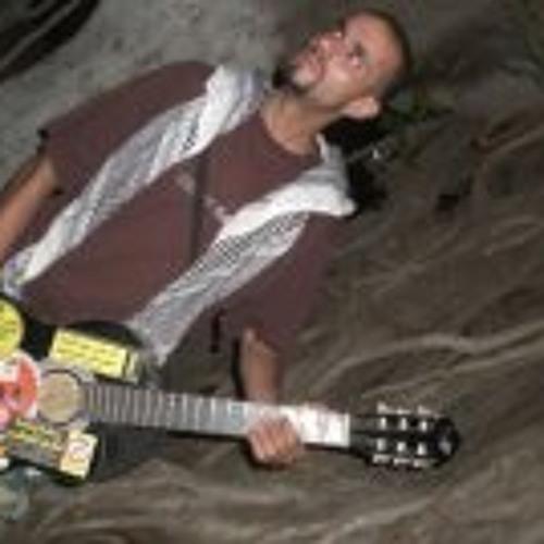 سلاسل Salasel's avatar