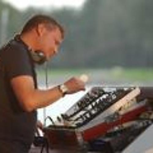Rob van Rossum 1's avatar