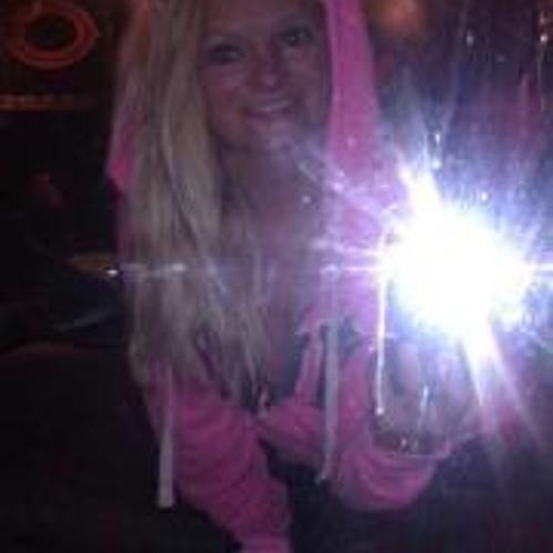 Haley Locher's avatar