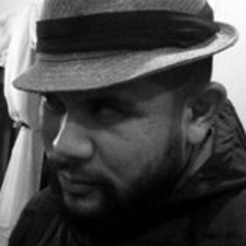 Mark-Thomas Uy's avatar