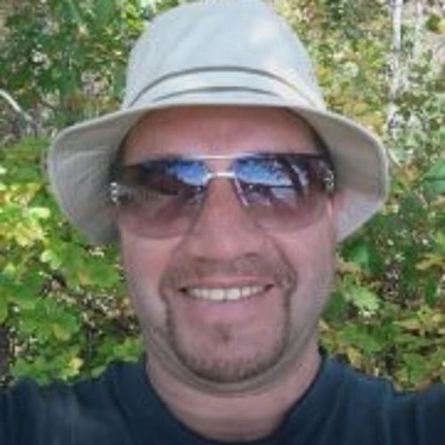Dino Faria's avatar