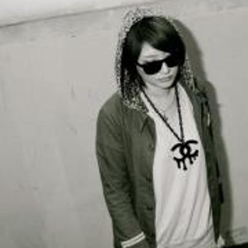 Mayumi Saitou's avatar