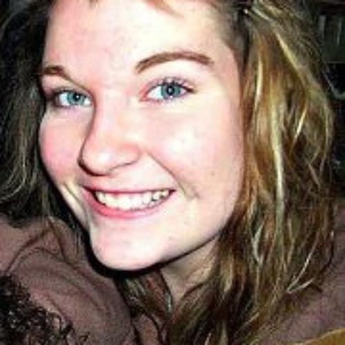 Courtney Stewart 21's avatar