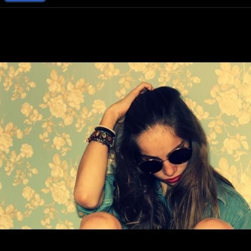 julia masaja's avatar