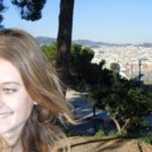 Lou Dmilla's avatar