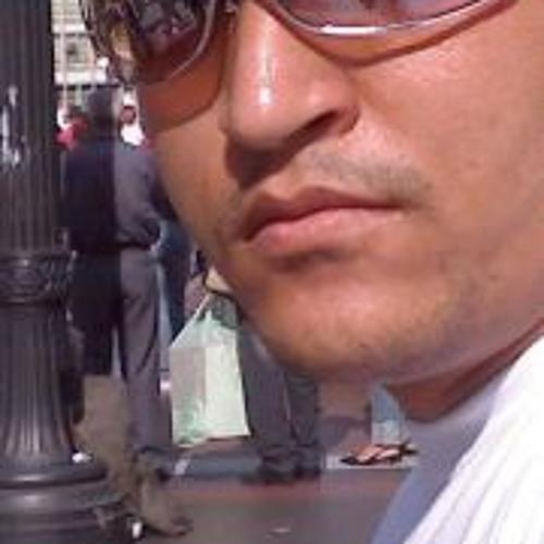 Luis Farias 4's avatar
