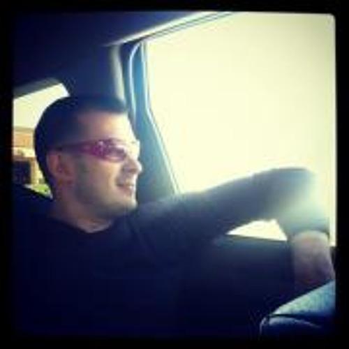 Ros Pavloff's avatar