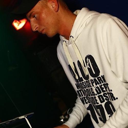 Christian LoAn Stroink's avatar