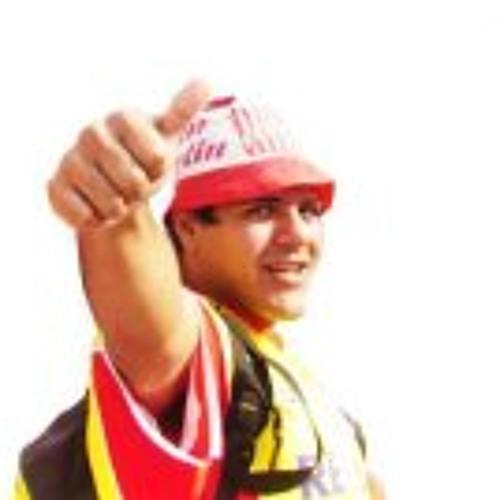 Hernan Medina 2's avatar