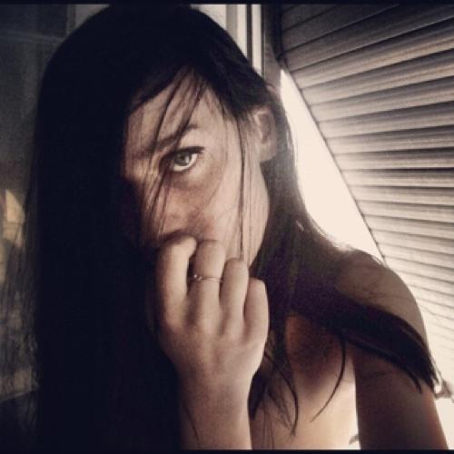 Zoe Re's avatar