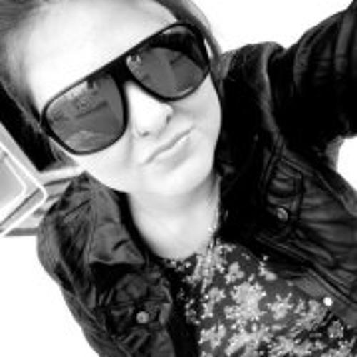 Alini Borges's avatar
