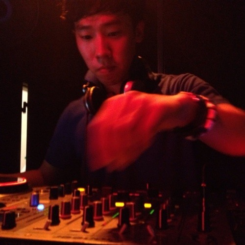 DJ Red-Dot's avatar
