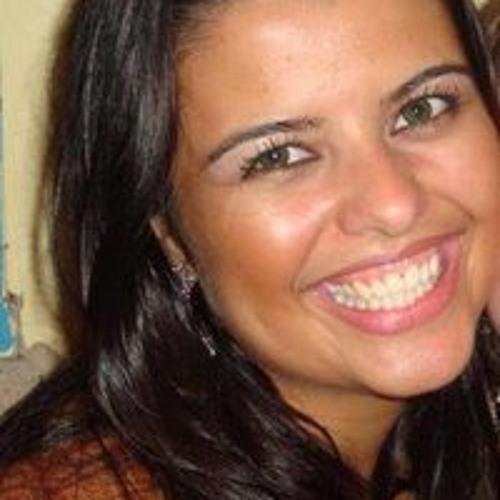Juliana Maris Oliveira's avatar