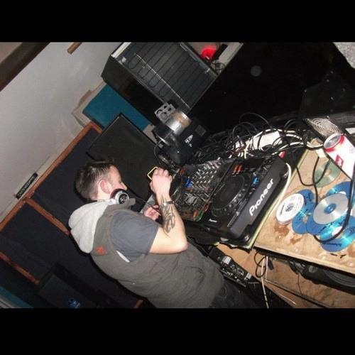 DJ V-MAN (JAMES VAUGHAN)'s avatar