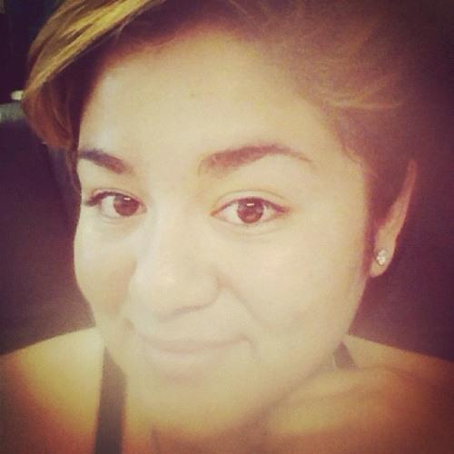 Mitzi Hernandez's avatar