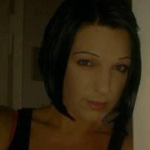 Yvi Zicke Beher's avatar