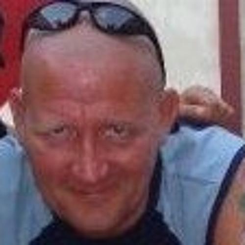 Paul Law-smith's avatar
