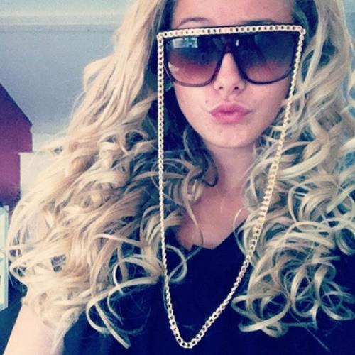 MichelleGroen_'s avatar