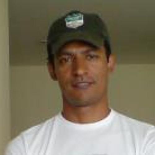 Kahel Silva's avatar