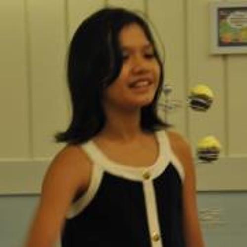 Sophia Sison's avatar