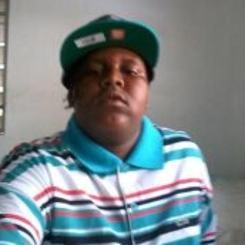 Loron Henley's avatar