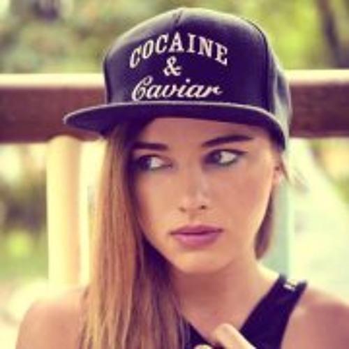 Ania Mil's avatar