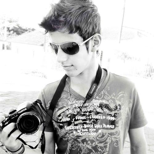 RayOliveira's avatar