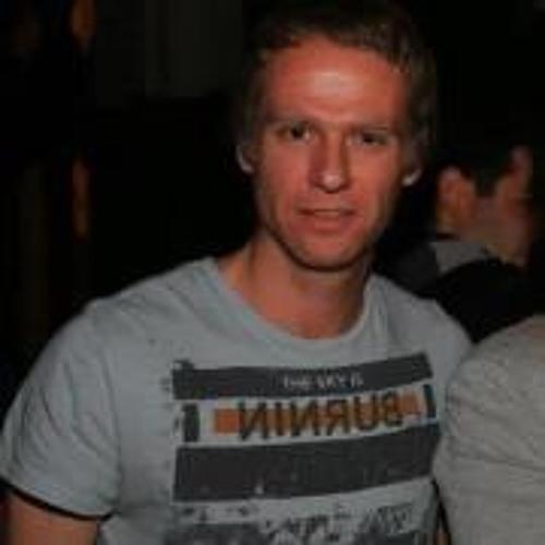Tomás Kast's avatar