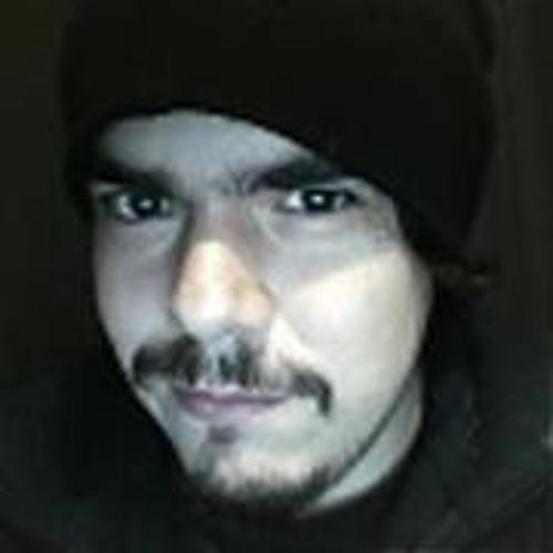 Luchiro Castro Garrido's avatar