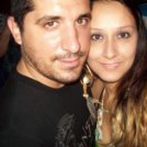 Karina E Léo Oliveira's avatar
