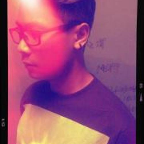 Akmal Khairie's avatar