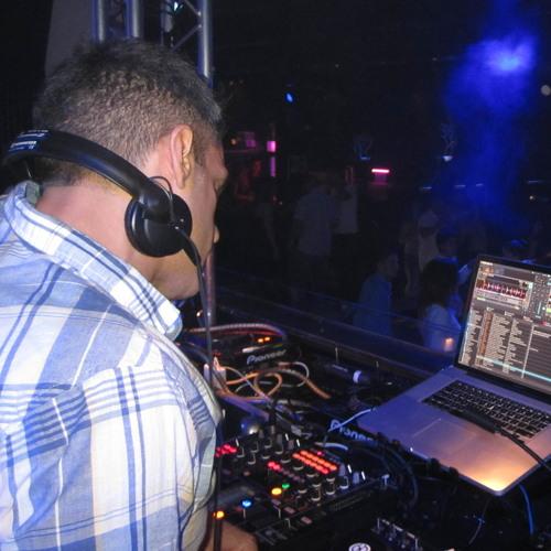 DJ REZZ's avatar
