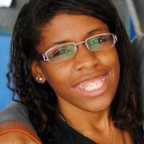 Polyanna Cupertino's avatar