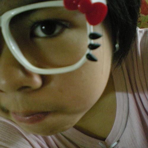 Mrs Wong's avatar