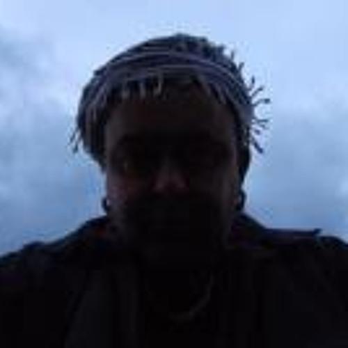 Ayalo Tassili's avatar