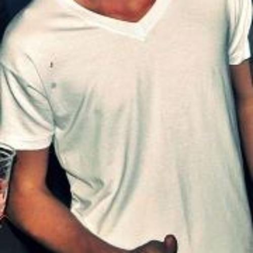 Leonardo Oliveira 85's avatar