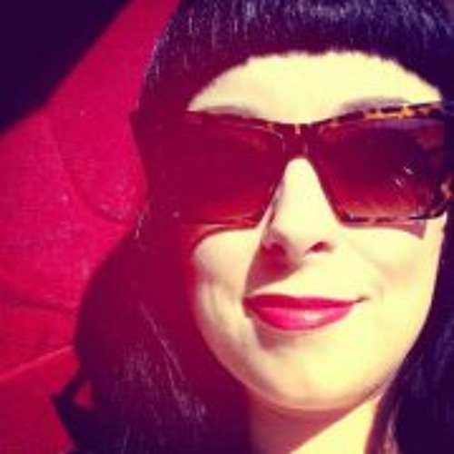Beth Wine's avatar