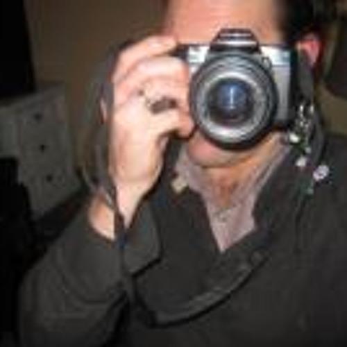 Simon Montegano's avatar
